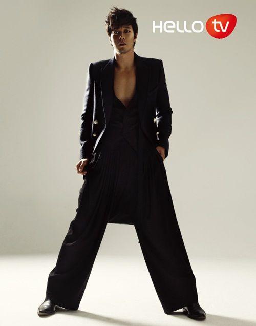 So Ji-Sub (소지섭) for Hello TV Magazine (September 2010)