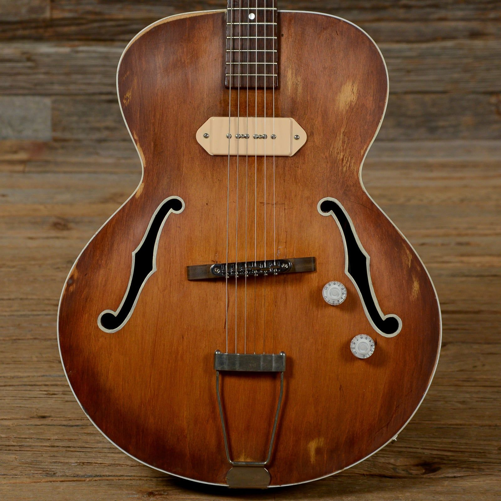 Gibson Es 125 Brown Refin 1950s Sbxx Chicago Music Exchange Reverb Exposed Wood Gibson Guitar For Beginners
