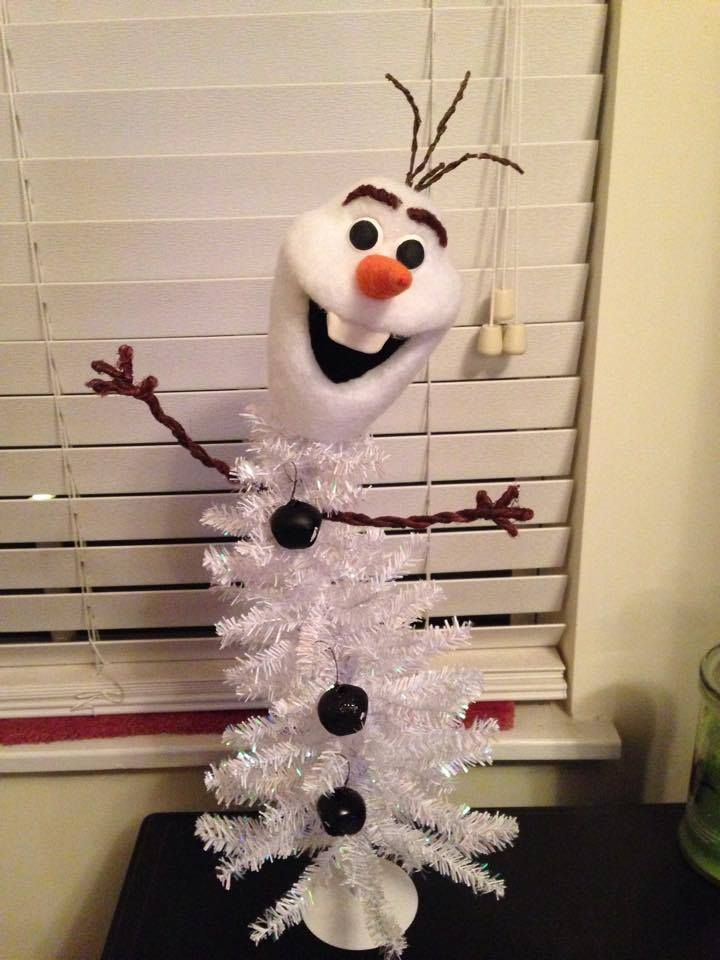 olaf tree frozen christmas tree christmas trees for kids disney christmas decorations christmas
