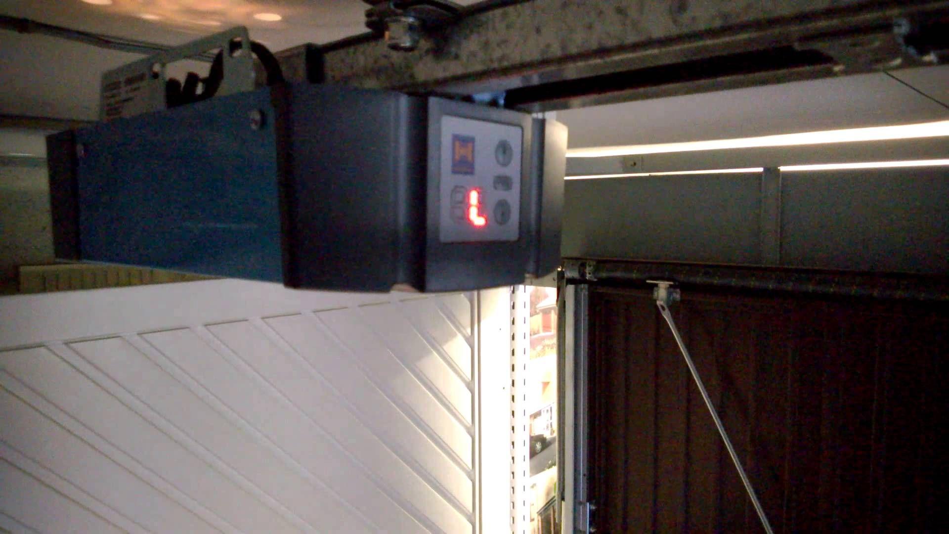 Resetting The Hormann Bisecur Supramatic Hormann Garage Doors Garage Doors Reset