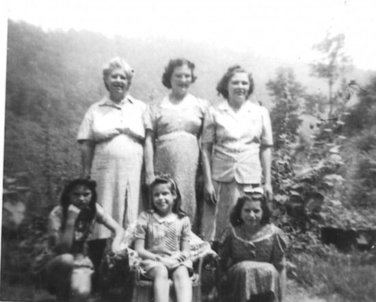 Corintha Hersman and daughters 001 - Photo - Holstein Web Site - MyHeritage