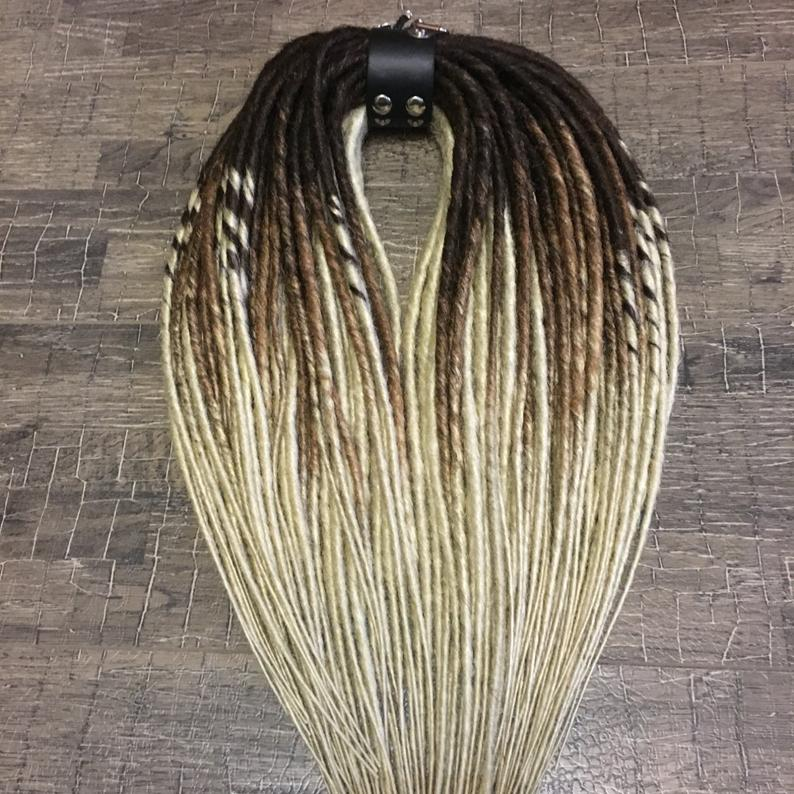 I love this #dirty #blonde 18 Inches Full Head Clip In Hair Extensions. @KingHair #hairextensions #hairstyles #braids #wigs #braids #mermaid #fishtails #frenchbraids #dutchbraids #hairtutorials