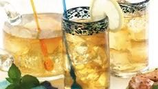 Black Currant-Mint Sun Tea