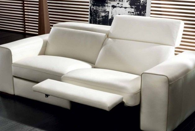 Exceptionnel Natuzzi Clyde Leather Sofa, Available At The 1933 Furniture Company.