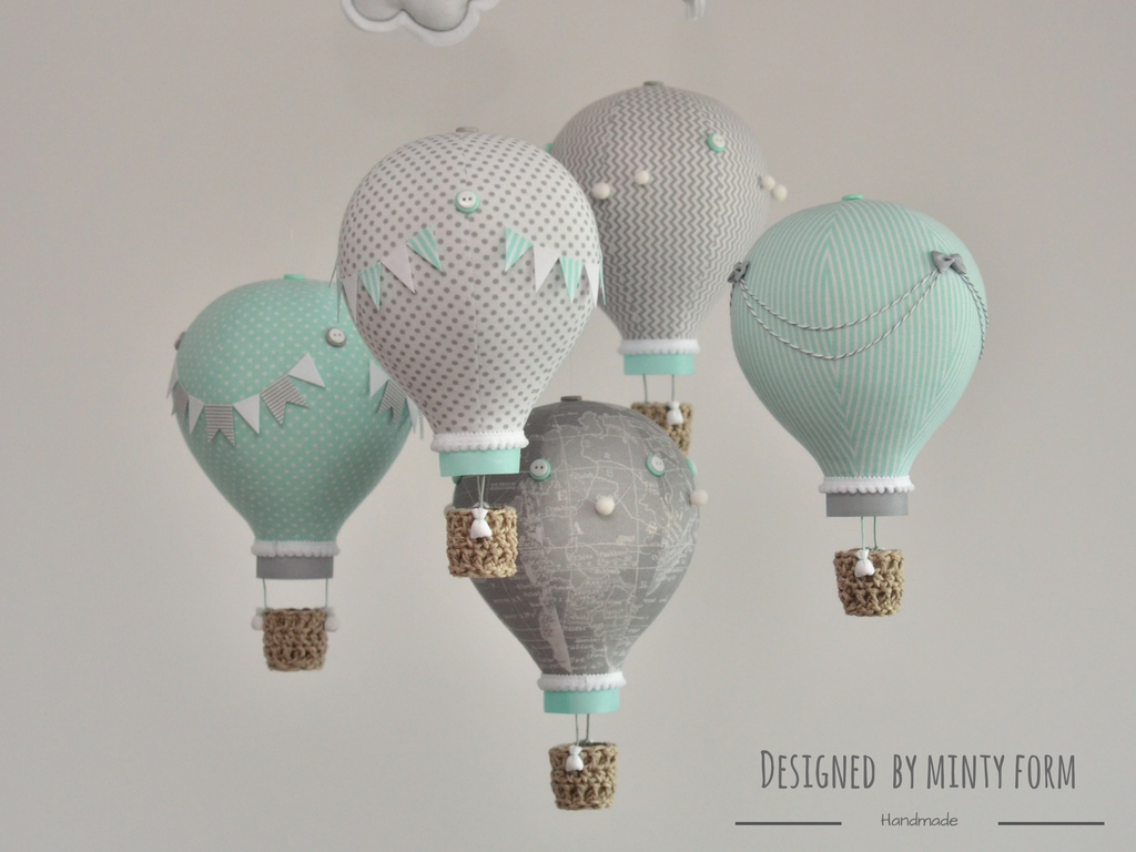 Nursery mobile, hot air balloons, mobile baby, baby shower