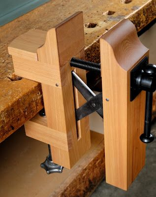 Cool Portable Removable Bench Vise Woodworking Projects Diy Woodworking Woodworking Bench
