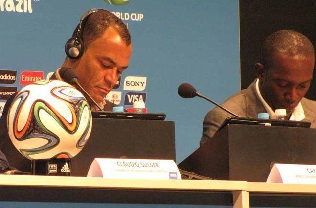 Capitão do penta, Cafu é expulso do vestiário da Seleção por Marin | Umbuzeiro Online