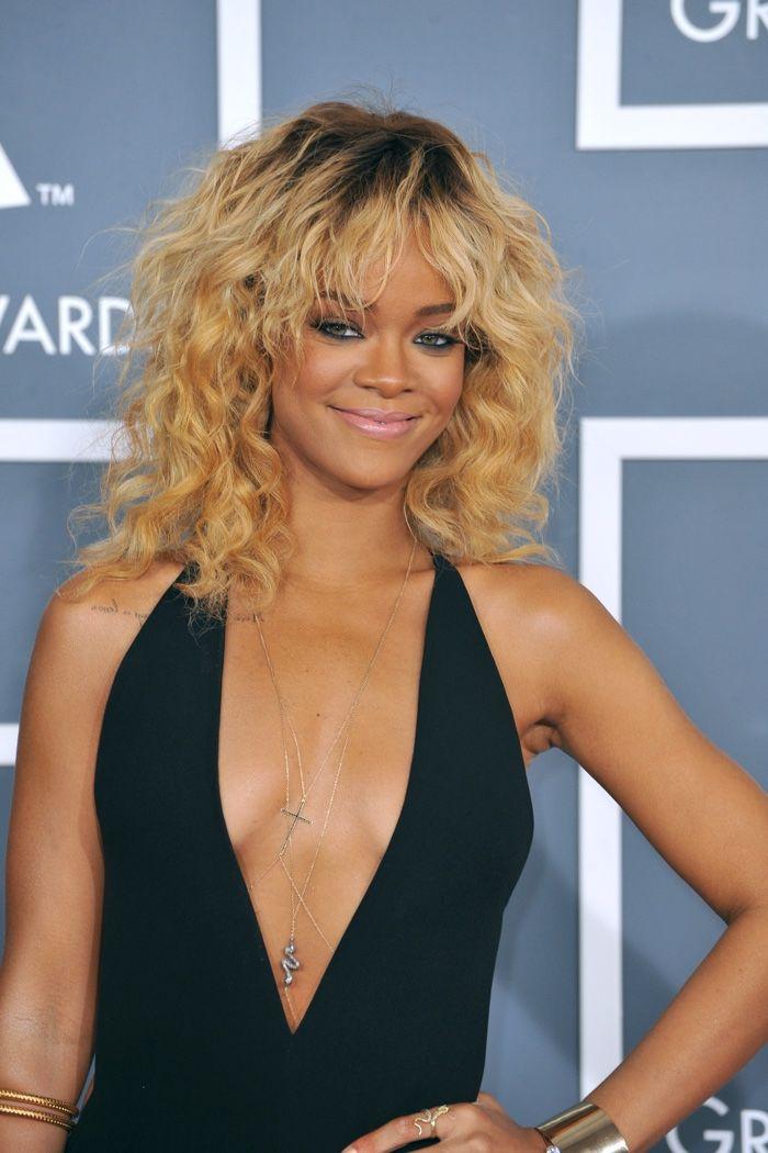 Rihanna Hairstyle Timeline Riri S Long Short Hairstyles