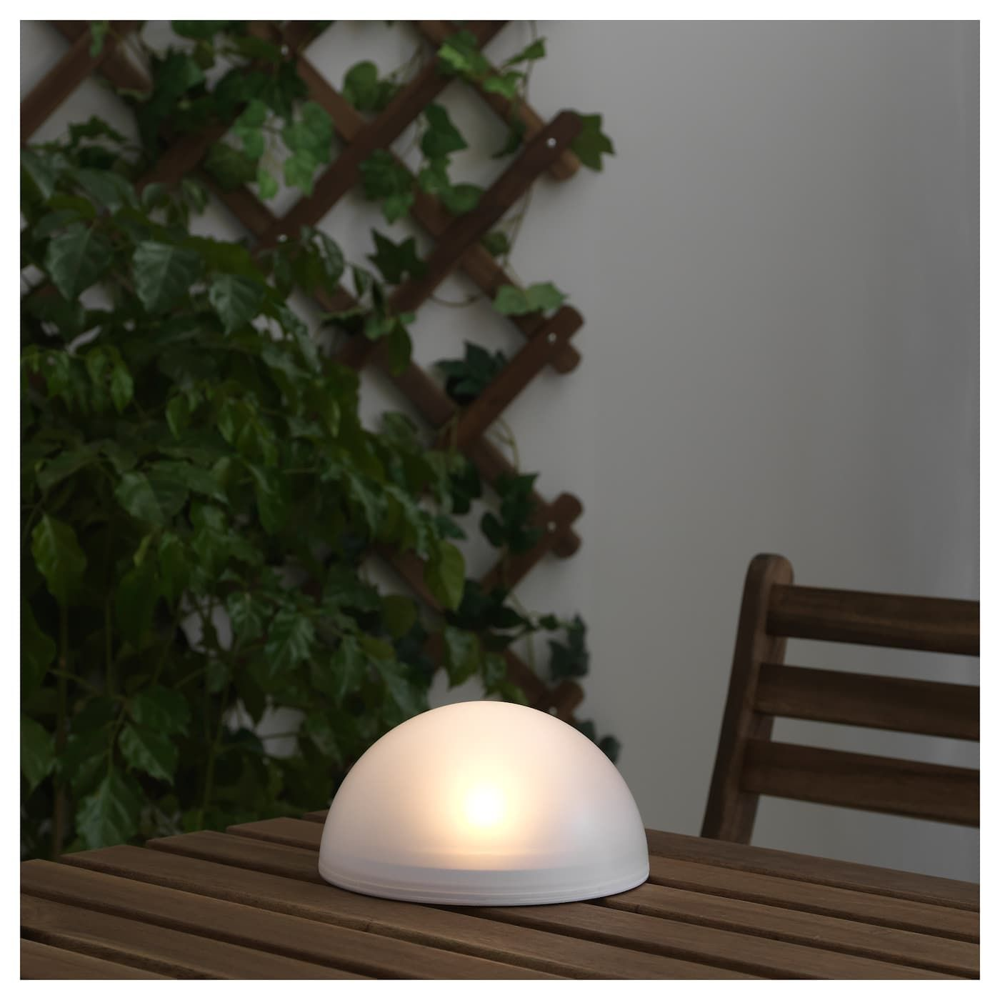 Solvinden Led Solar Powered Light Outdoor Half Globe White Ikea Solar Powered Lights Solar Panels For Home Diy Solar
