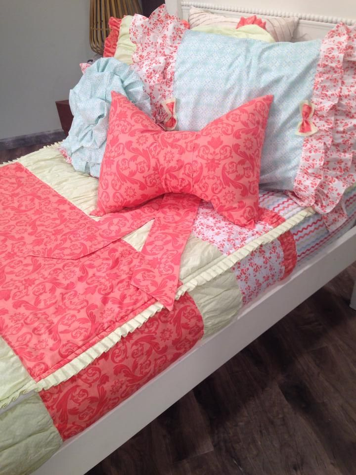 zipper bedding! bunk bed bedding. www.beddys | beddys beds