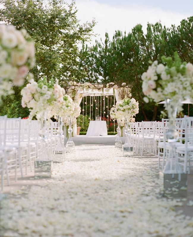 Looooovvvvveee The Heavy Petals Down Aisle Chic All White Wedding Ceremony Arch Marisa Holmes Photography