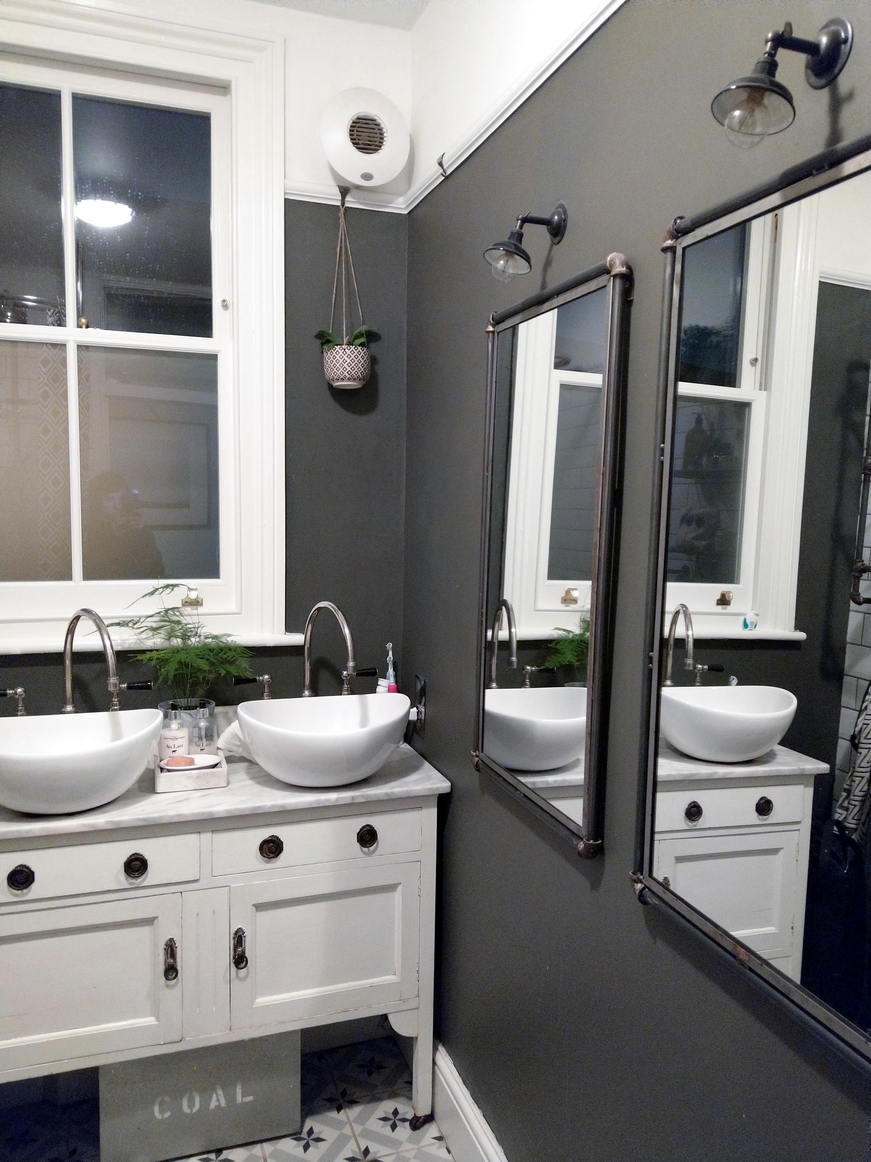 Monochrome Bathroom With Dulux Bowler Hat Paint Monochrome Bathroom Bathroom Design Bathroom Model