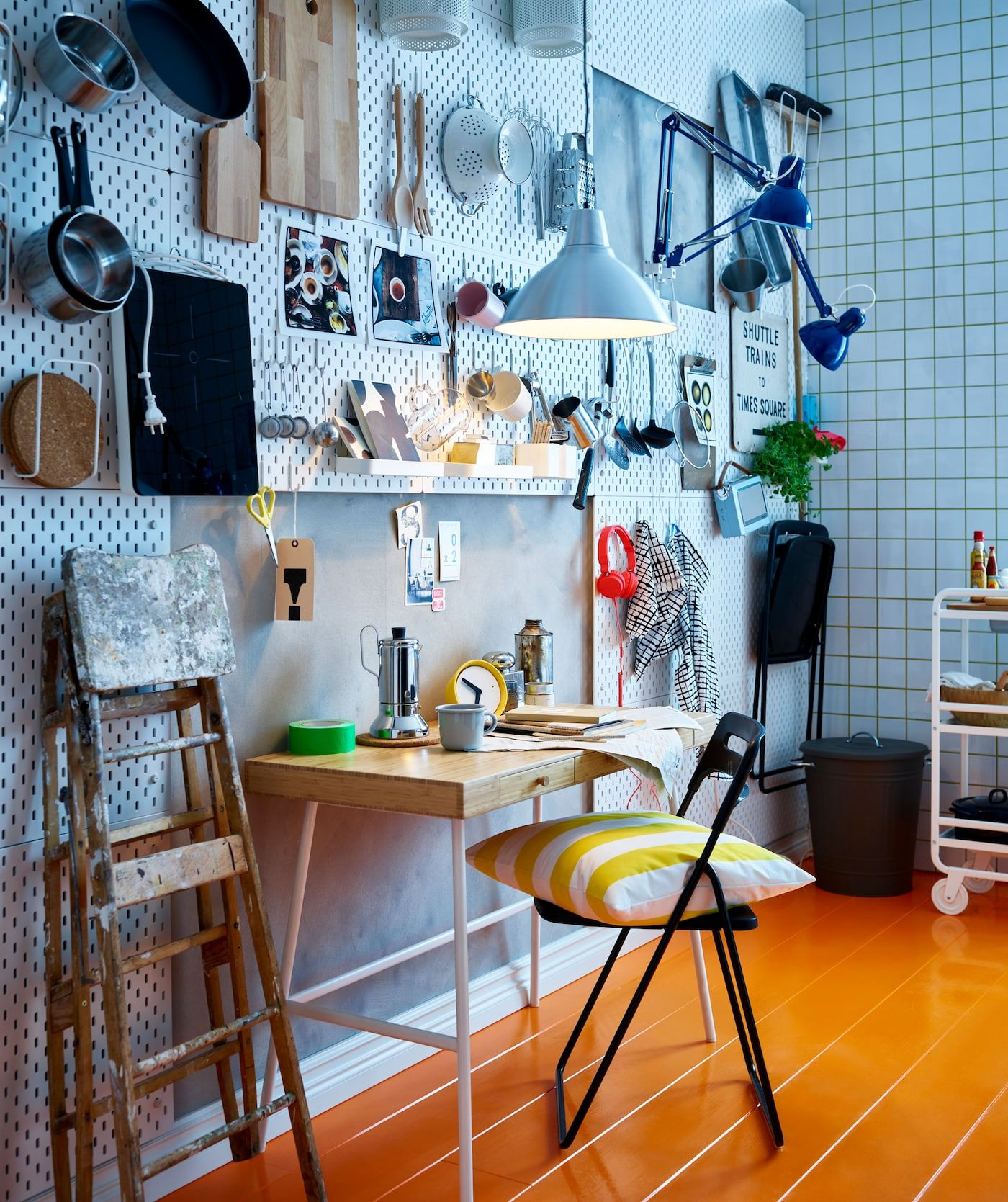 A shared home that turns friends into family Ikea
