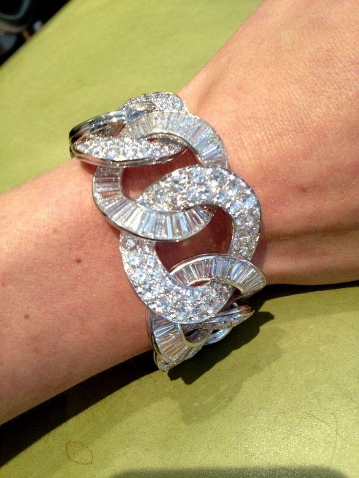 David Webb diamond bracelet.     ᘡղbᘠ