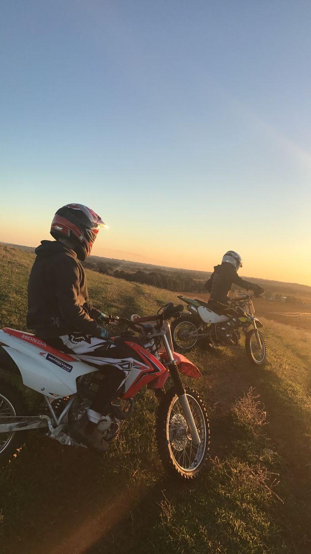 Fighetti – Motorräder und gute Abendstimmung – Motocross ❤️ – # …   – Sch…