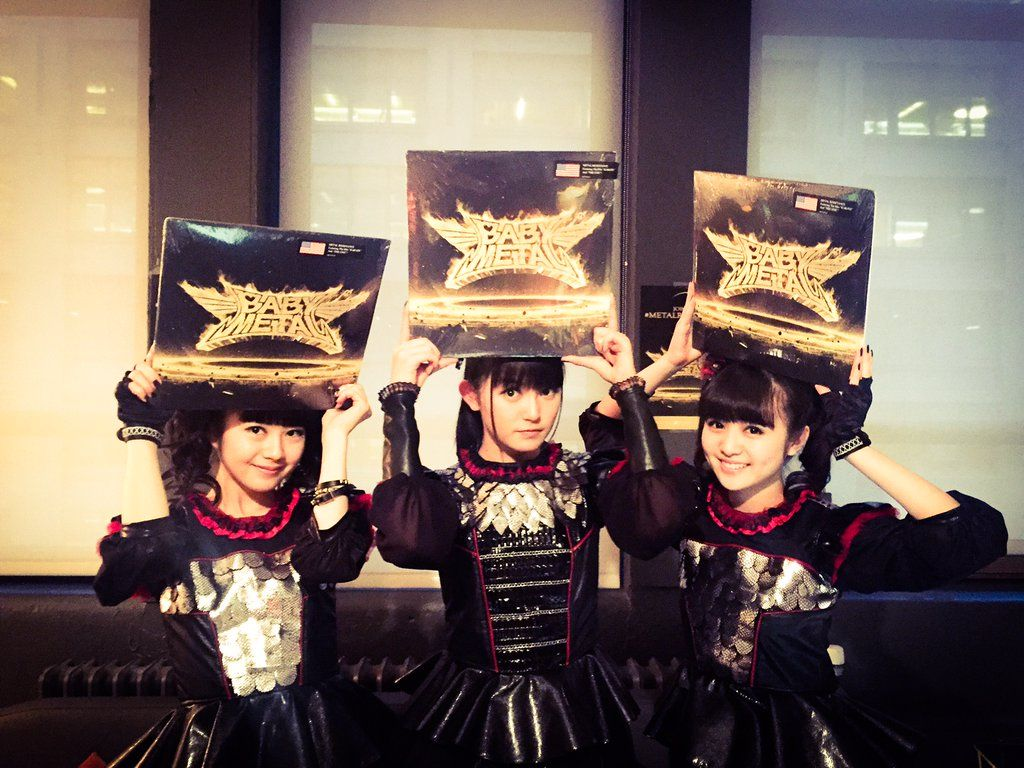 """BABYMETAL on Twitter: """"BABYMETAL will be performing on The Late Show w/ Stephen Colbert tomorrow night at 11:35/10:35C on CBS! #BABYMETAL https://t.co/XCcB3TZ8wR"""""""