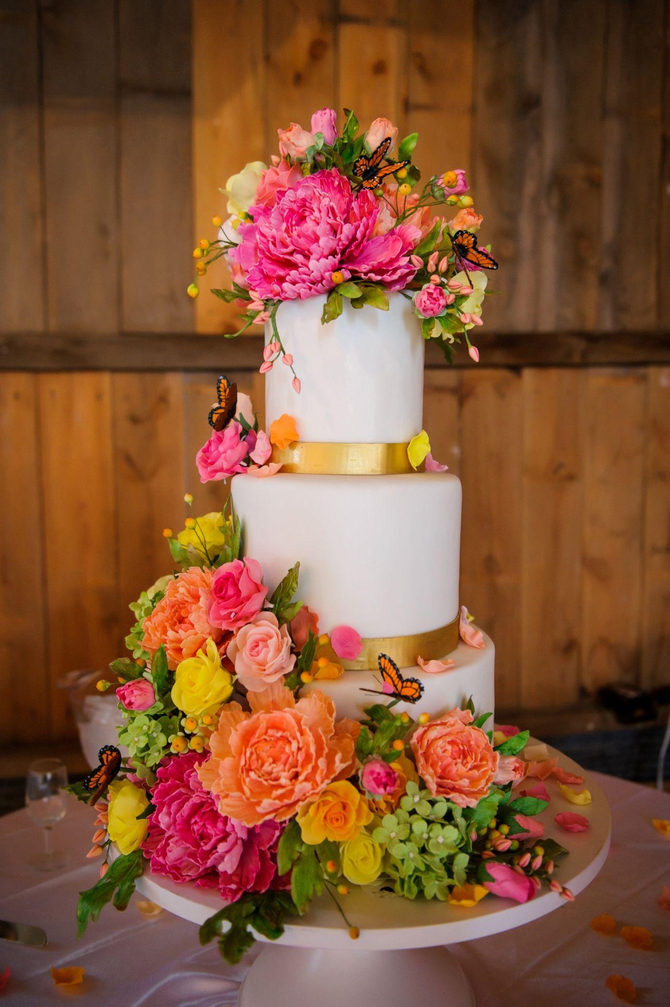 Mischief Maker Cakes I Bright Sugar Flower Wedding Cake #mischiefmakercakes #themischiefmaker #happyweddingcake #sugarflowerweddingcake #sugarflowers #indianwedding #indianweddingcake #brightcolors #bemischievious