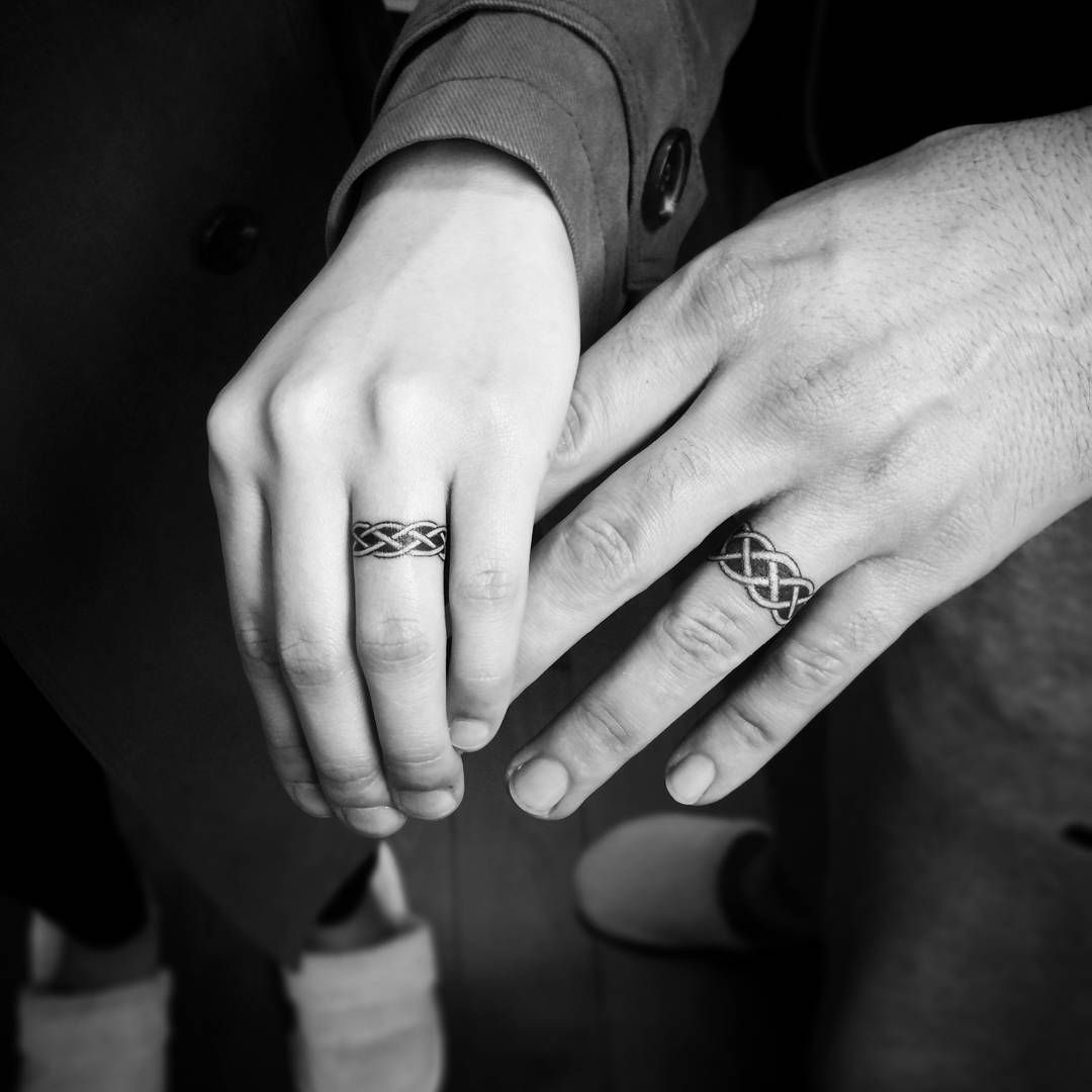Couple Swirling Ring Tattoo Wedding Ring Tattoo Ideas