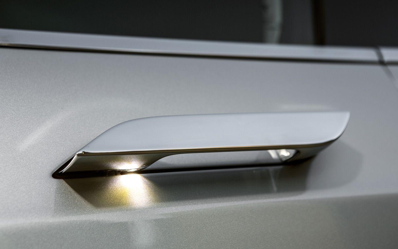 Tesla Model S Door Handle