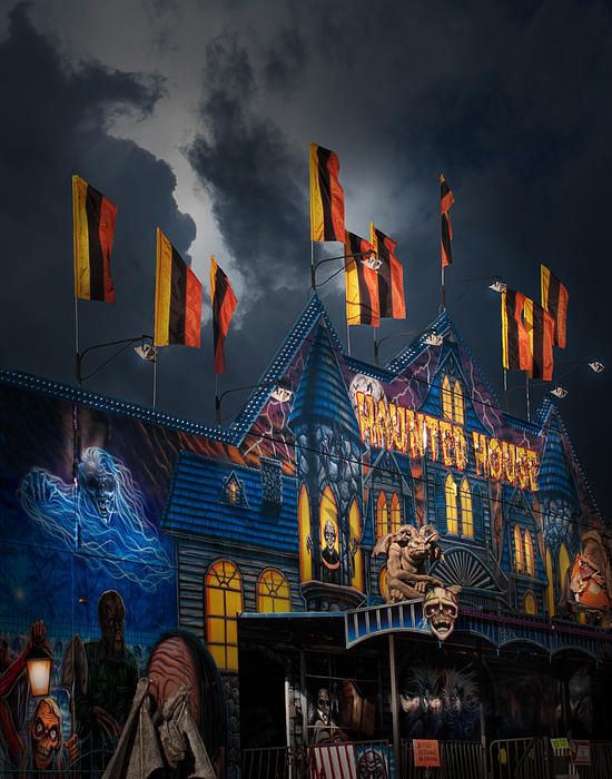 Best Haunted Houses 2019 Haunted House On The Midway in 2019 | Bigtex Photos | Carnival
