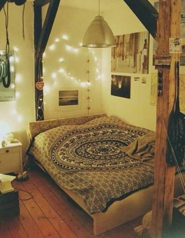 Best 25 bohemian style bedding ideas on pinterest for Bohemian bedroom ideas pinterest