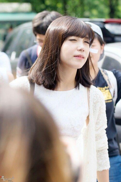 Eunji Shoulder Length Hair