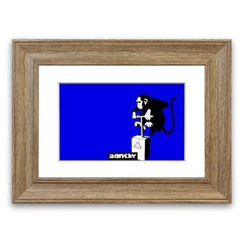 East Urban Home Gerahmter Grafikdruck Affe mit Sprengstoff in Blau | Wayfair.de