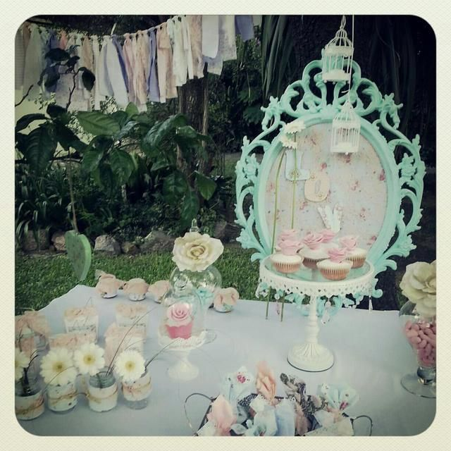 Cute Wedding Ideas For Reception: Like The Pretty Frame With Fabric And A Message. Maybe