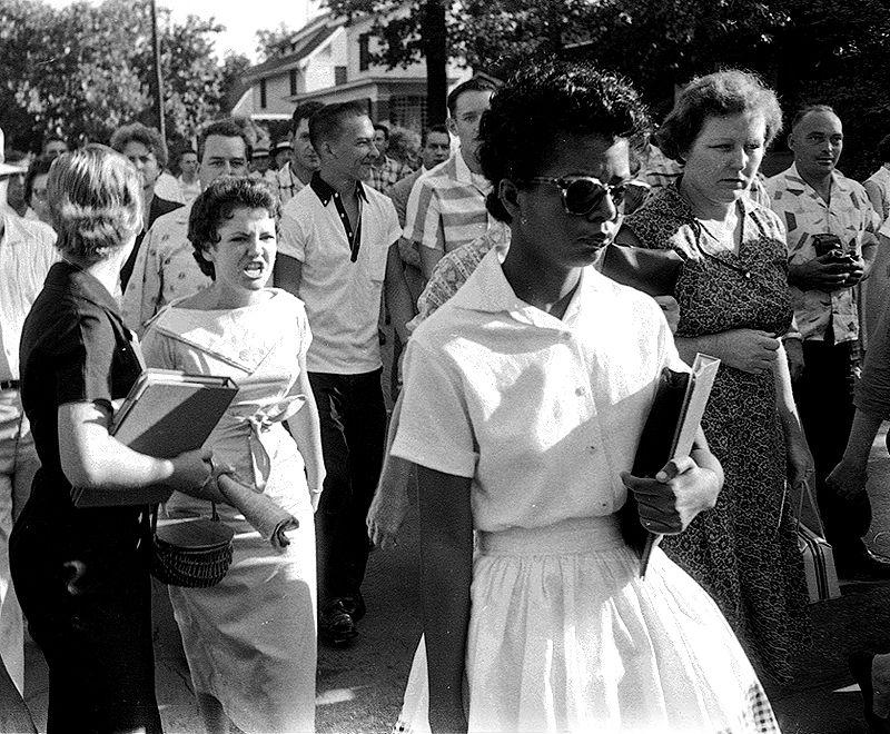 segregated schools 1950s - 800×660