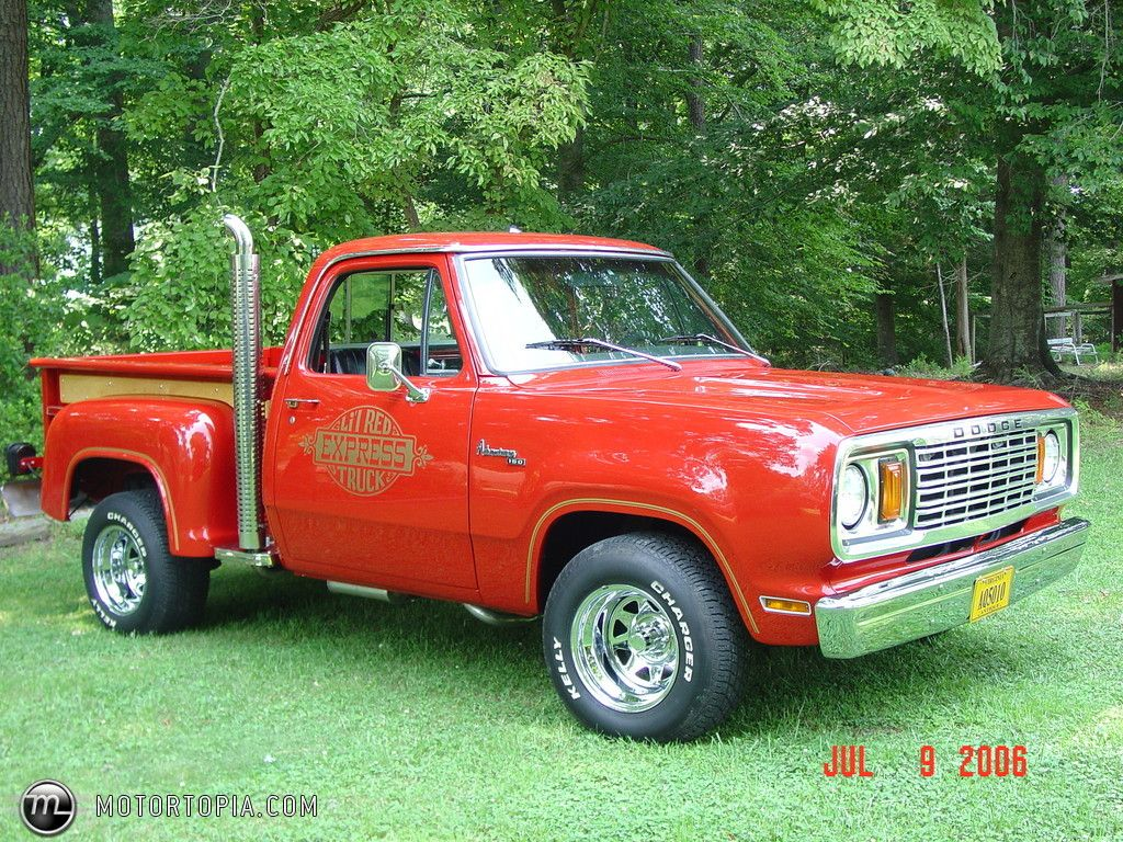 Dodge Adventurer 150 Lil Red Express Truck Old