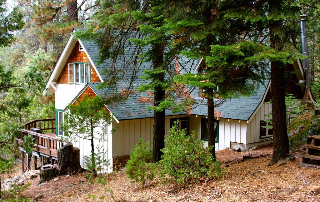 Cabin Vacation Rental In Shaver Lake From Vrbo Com Vacation