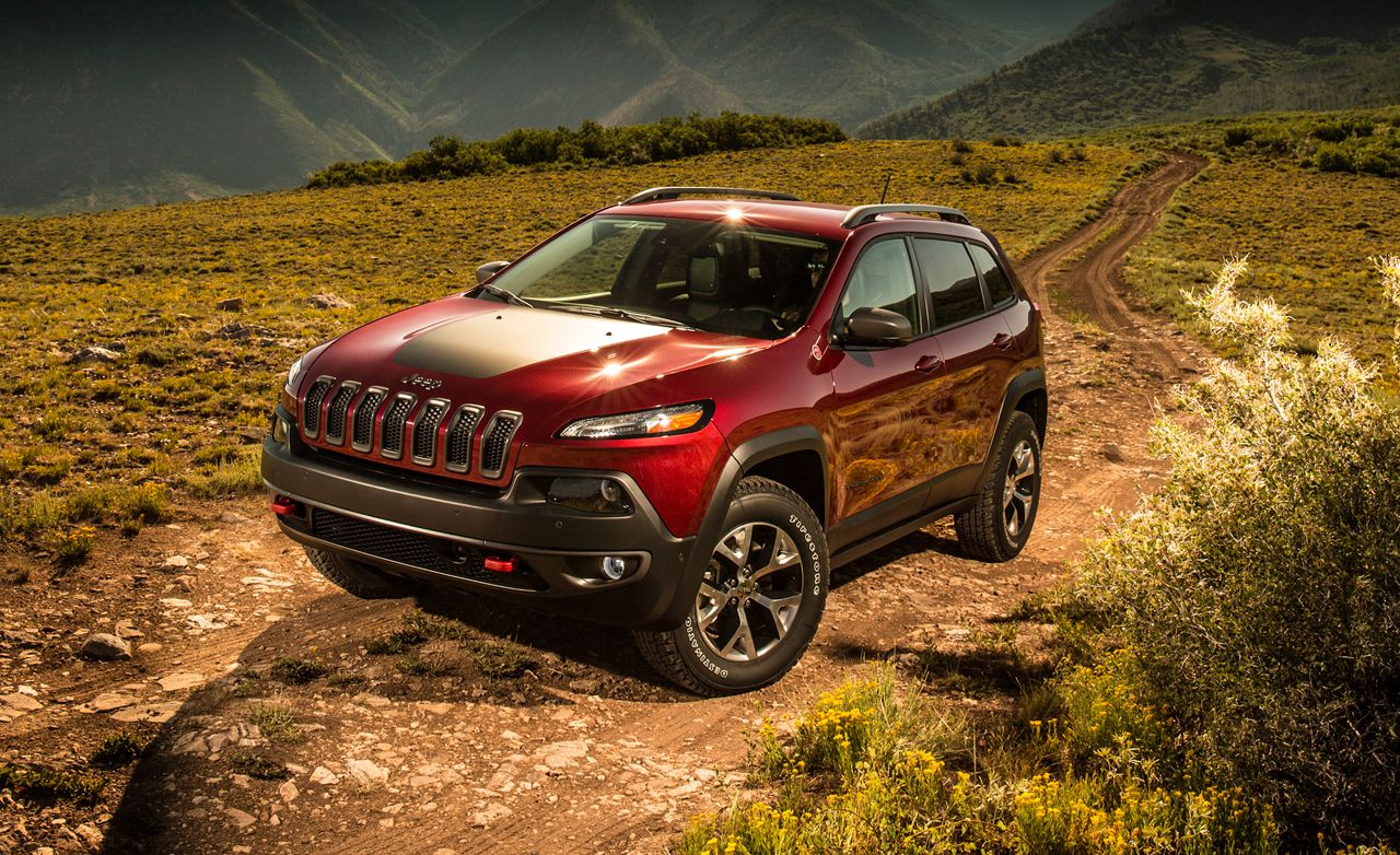 2021 Jeep Cherokee Review Pricing And Specs Jeep Cherokee Trailhawk Jeep Cherokee 2014 Jeep Cherokee Trailhawk