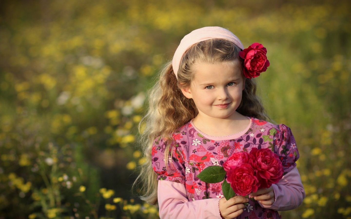 Cute Baby Girl And Boy Kissing Wallpaper Wallpapers