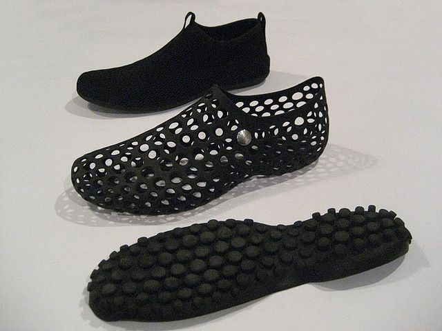 f58e1acf330b Nike Zvezdochka. A Marc Newson design. This shoe is inspired as footwear  for astronauts and named after the 1st dog in space. Note the shoe has the  same ...