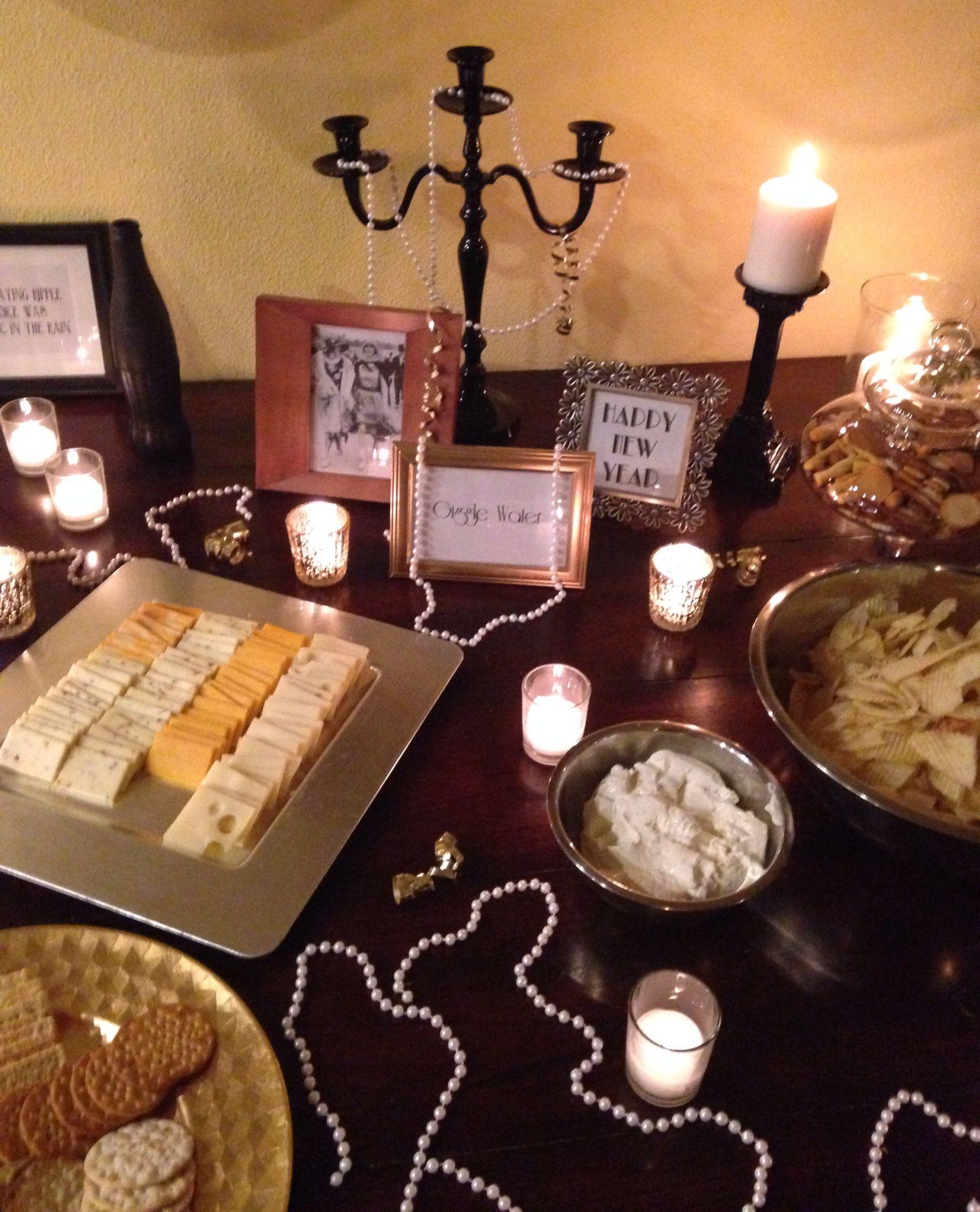 1920's wedding decorations ideas  Roaring s Gatsby Party  Fiesta años  charleston  Pinterest