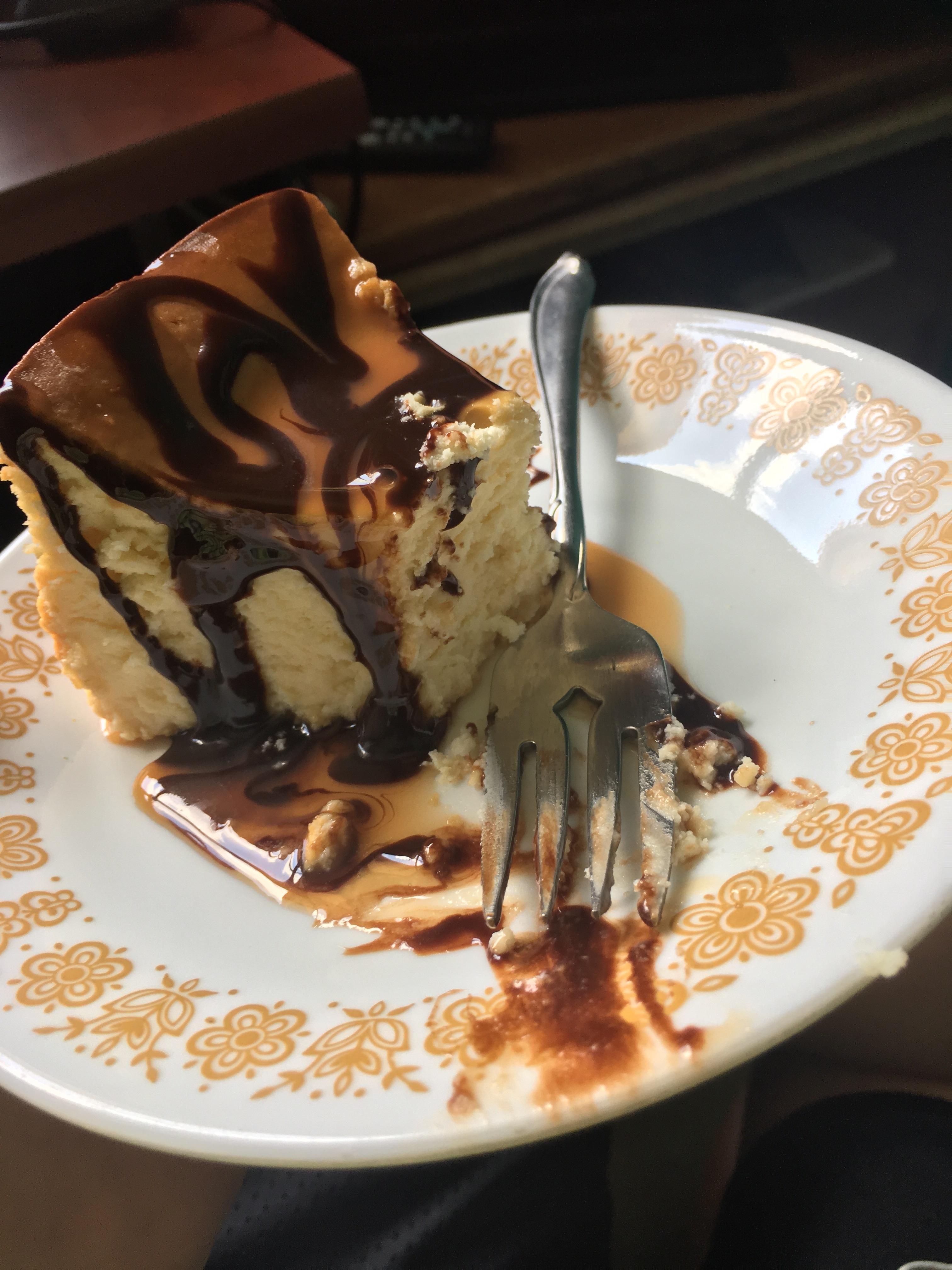 [Homemade] chocolate caramel cheesecake #recipes #food #cooking #delicious #foodie #foodrecipes #cook #recipe #health
