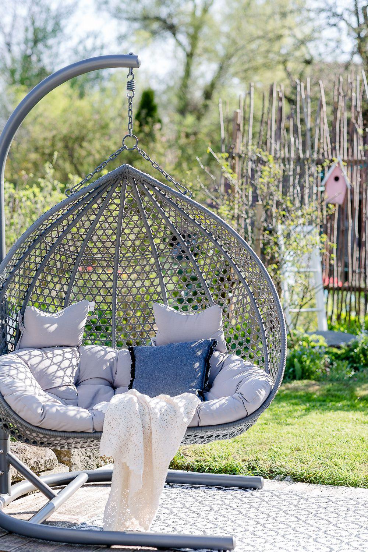 Gartenzauber Im April Oder Was Tun Bei Giersch Pomponetti In 2020 Hangesessel Garten Garten Wohnen Und Garten