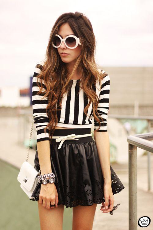 FashionCoolture - 15.05.2013 look du jour stripes cropped top skater skirt Romwe Santafina (6)