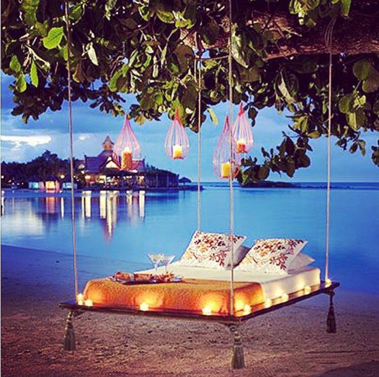 Beach Tree Bed