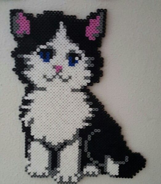 Kitty Hama beads by Mette Christiansen | Strijkkralen | Pinterest ...