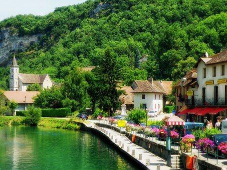 Chanaz, France, Village, rivière