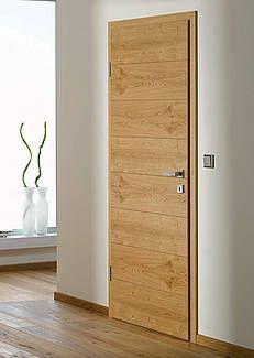 Rudda design door, knotty oak veneer
