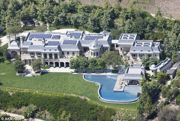 Gisele Bundchen And Tom Brady Are Selling Their La Estate For 50