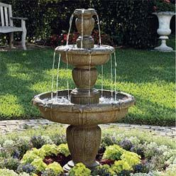 Delicieux Florance Casas: Outdoor Fountain
