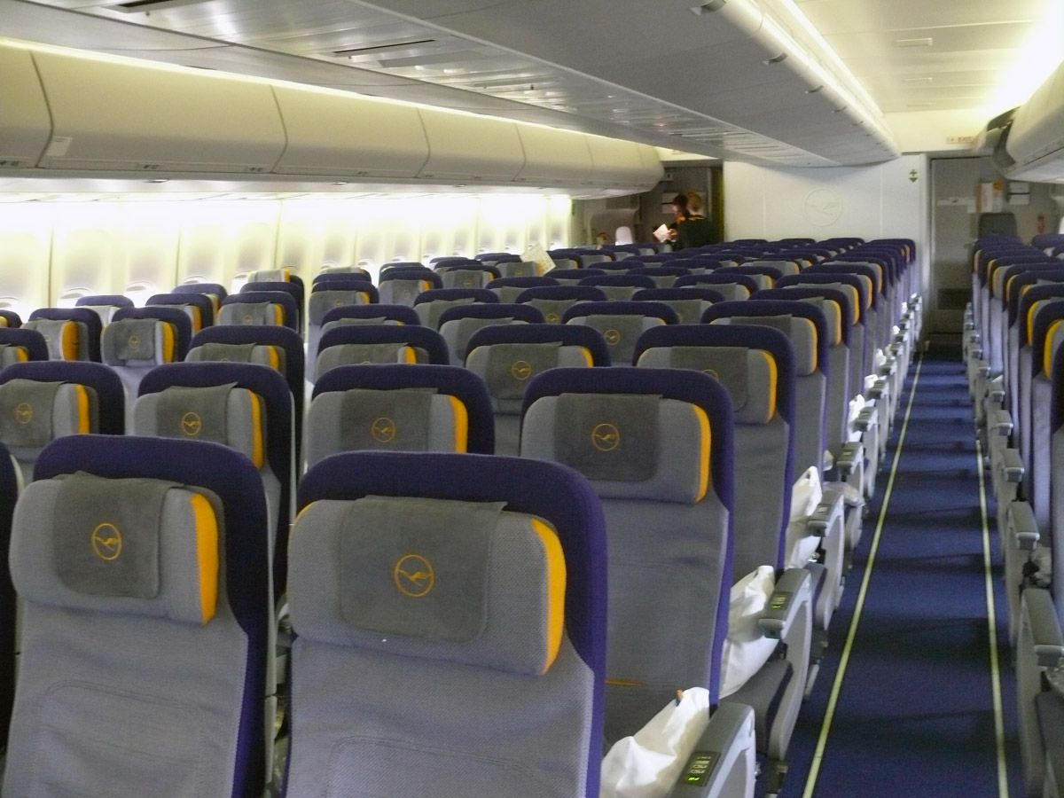 Int rieur d 39 un boeing 747 8 1200 900 teknik for Interieur 747