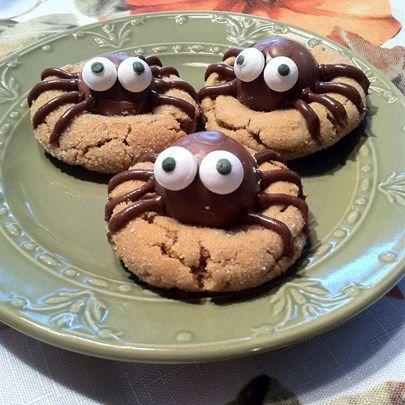 Peanut Butter Spider Cookies I \ - halloween baked goods ideas