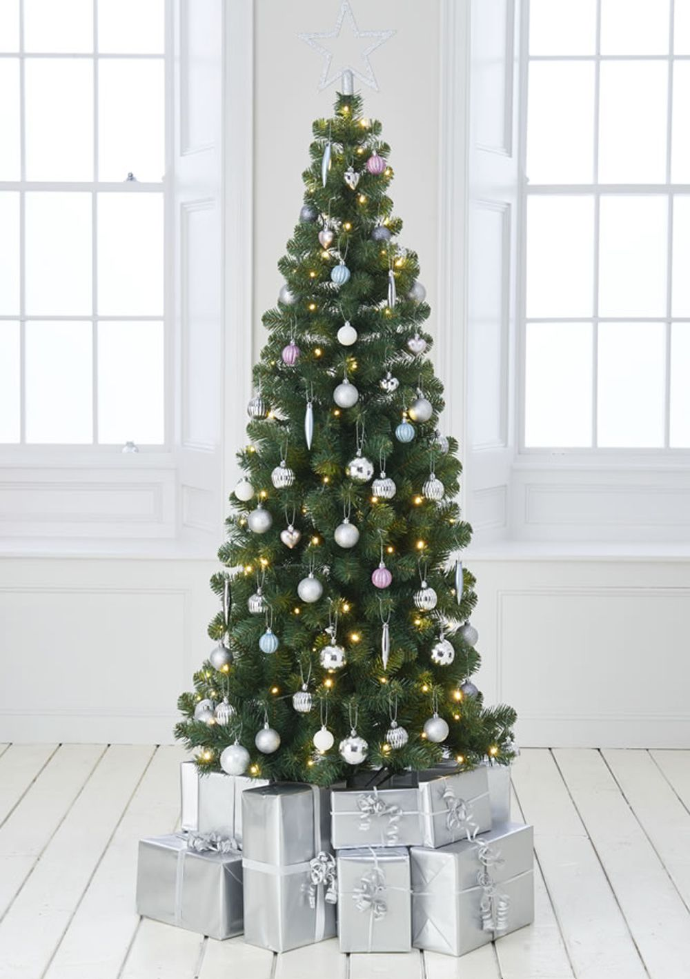 Best Artificial Christmas Trees 2019.Best Artificial Christmas Trees To Dress Up The Festive