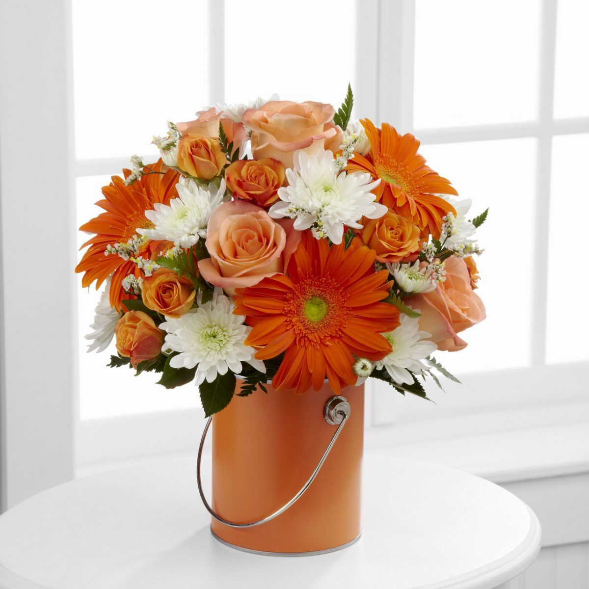 Floral Arrangement adds a classic and beautiful style to your home