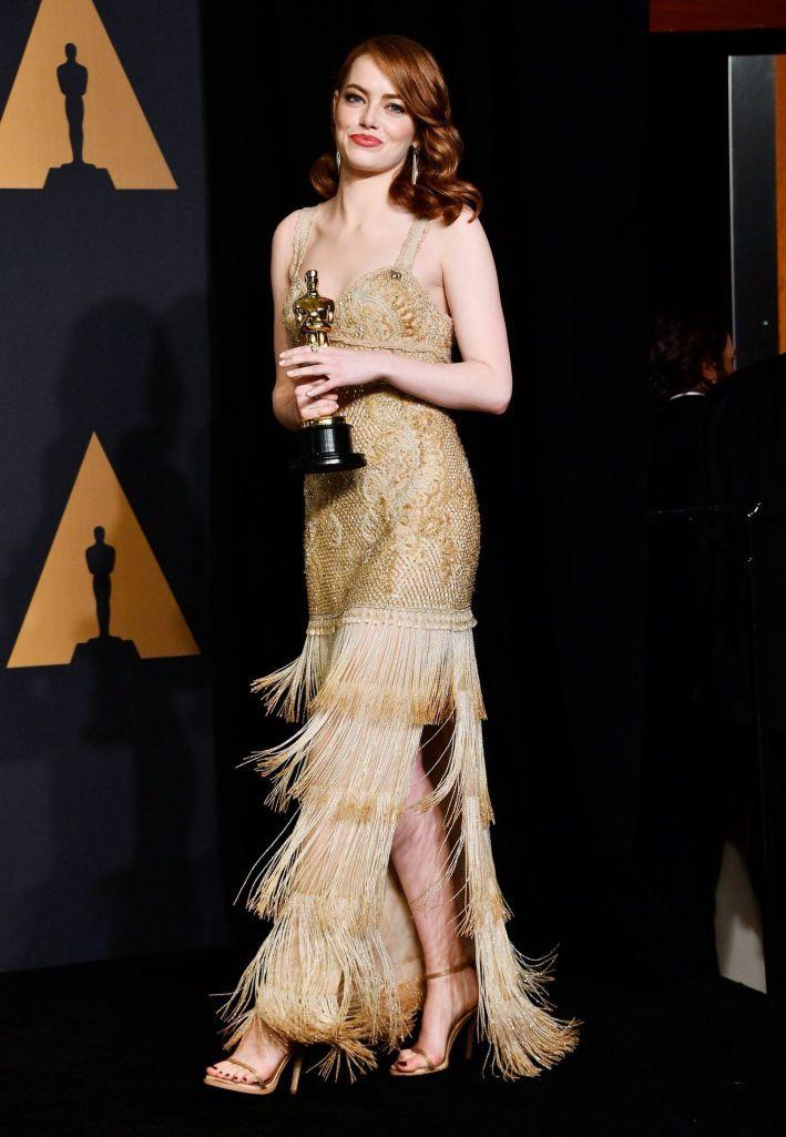 Stone Attrayantes Palettes 2017 Femmes Emma Oscars Dorée Robe FqwW8Td
