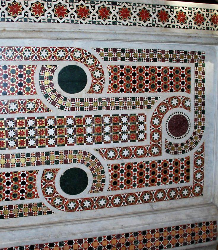 Круги и плетенки в орнаменте Палатинской капеллы Ceramic
